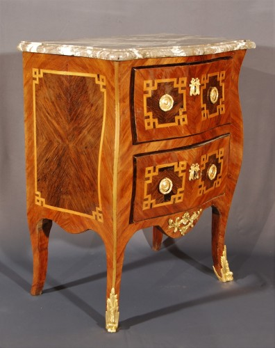 Furniture  - A small french Transition chest of drawers 18th century