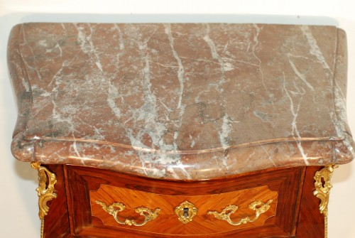 Antiquités - Small Louis XV commode stamped J.C. Ellaume 18th century