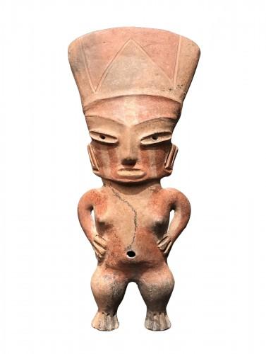 Dignitary woman or goddess - Tlatilco