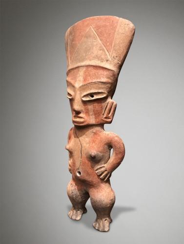 Ancient Art  - Dignitary woman or goddess - Tlatilco