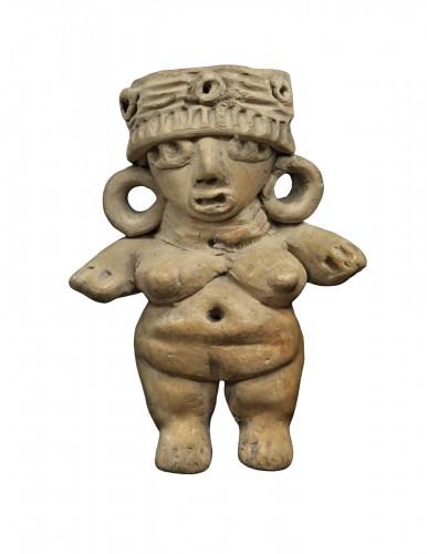 Standing woman - Michoacan