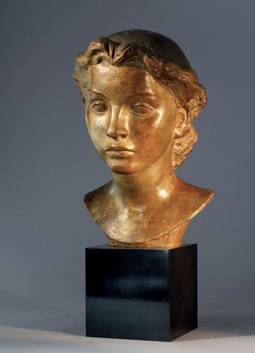 Sculpture  - Young Lady's bust  - Vadim Androusov (1895-1975)