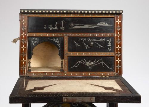 Wall Cabinet - Carlo Bugatti (1855/1940)  - Furniture Style Art nouveau