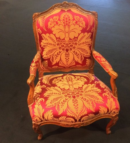 Large French Regence period walnut armchair - French Regence