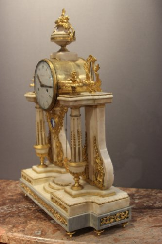 Louis XVI marble clock - Clocks Style Louis XVI