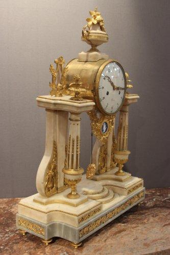 Clocks  - Louis XVI marble clock