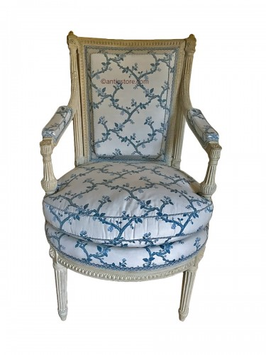 Suite of four Louis XVI armchairs stamped AVISSE
