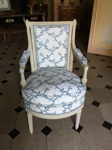 Suite of four Louis XVI armchairs stamped AVISSE - Seating Style Louis XVI
