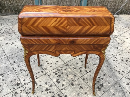 Louis XV Bureau de pente stamped MIGEON - Furniture Style Louis XV