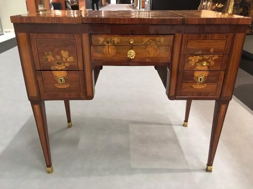 Louis XVI Coiffeuse stamped Bircklé - Furniture Style Louis XVI