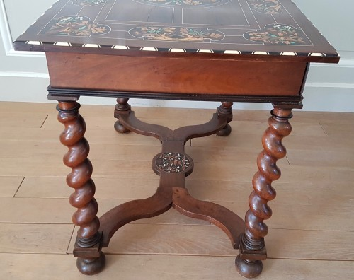 Furniture  - Louis XIV small table