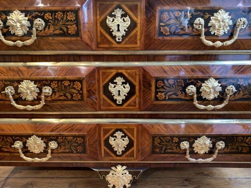 Louis XIV - Louis XIV chest of drawers