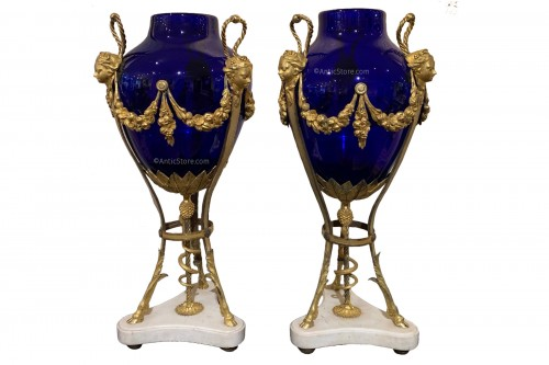 Louis XVI pair of vases