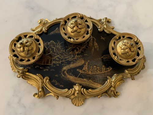 Decorative Objects  - Lacquer inkwell