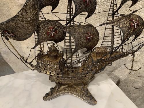 Spanish three masts galleon - Curiosities Style
