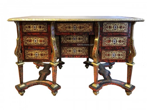 Mazarin desk in Boulle marquetry, Louis XIV period end of the 17th century