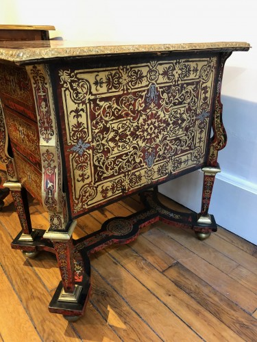 Mazarin desk in Boulle marquetry, Louis XIV period end of the 17th century - Louis XIV