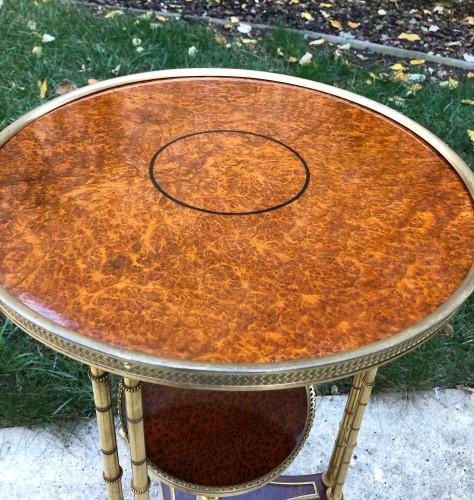 Restauration - Charles X - Pedestal table model Adam Weisweiler