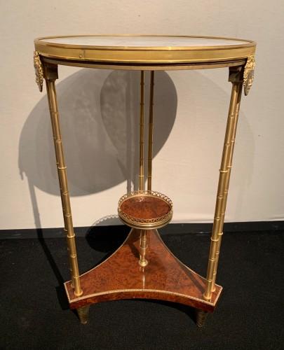 Pedestal table model Adam Weisweiler - Furniture Style