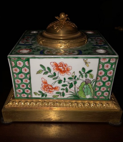 Samson porcelain inkwell - Decorative Objects Style