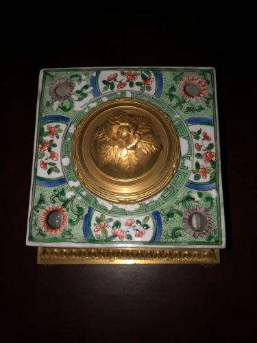 Samson porcelain inkwell -