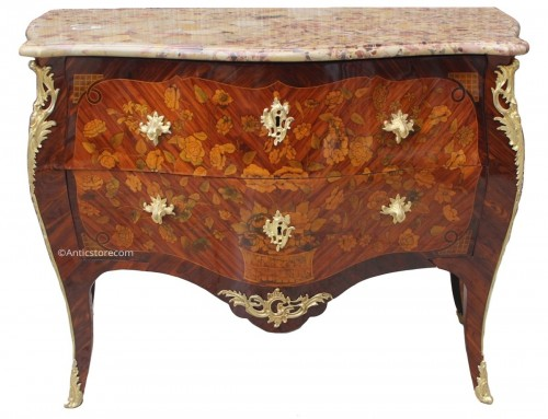 Louis XV commode stamped by Pierre Flechy