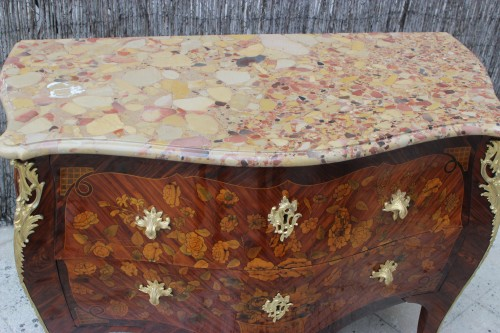 Louis XV commode stamped by Pierre Flechy -