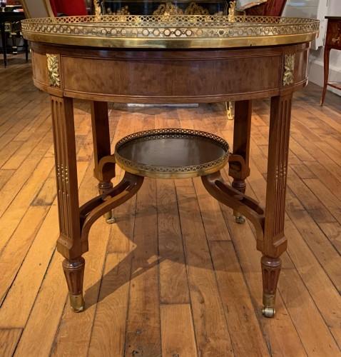 Louis XVI period pedestal table - Furniture Style Louis XVI