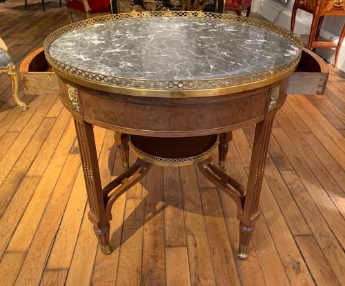 Furniture  - Louis XVI period pedestal table