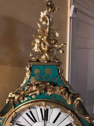 Horology  - Louis XV period green horn applique cartel