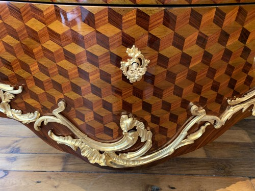 Furniture  - Louis XV commode stamped Pierre Roussel
