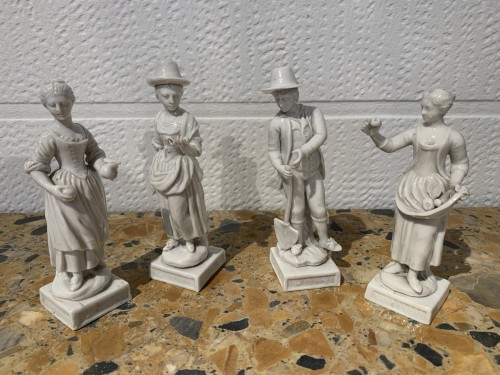 18th century - Four porcelain statuettes Italy 1780
