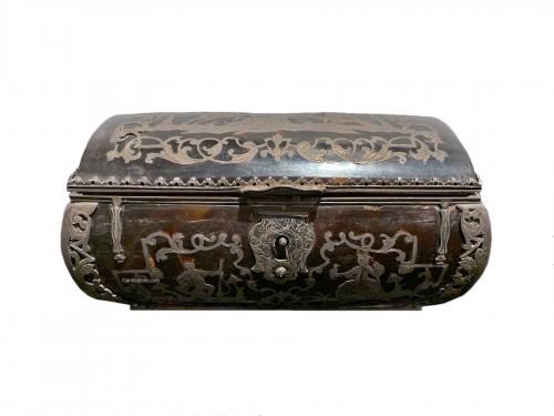 Louis XIV tortoiseshell and pewter box
