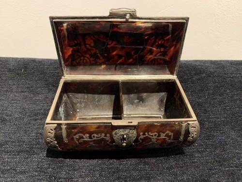 Louis XIV - Louis XIV tortoiseshell and pewter box
