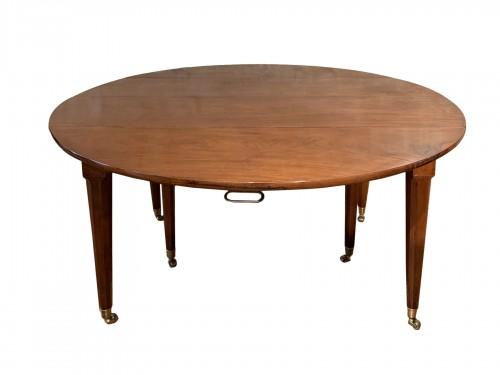 Louis XVI mahogany dining table