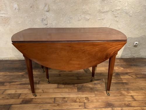 Louis XVI mahogany dining table - Furniture Style Louis XVI