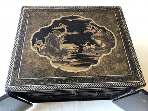 Momoyama period Namban cabinet - Furniture Style