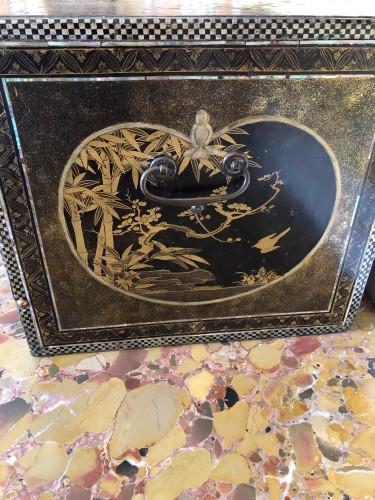 Antiquités - Momoyama period Namban cabinet
