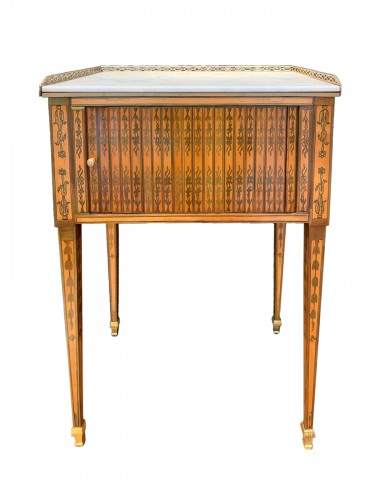 Small table attributed to RVLC, Louis XVI period