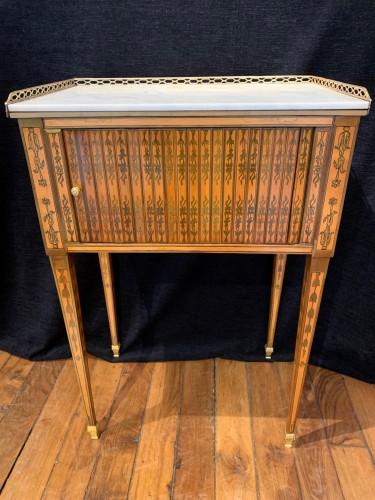 Small table attributed to RVLC, Louis XVI period - Louis XVI