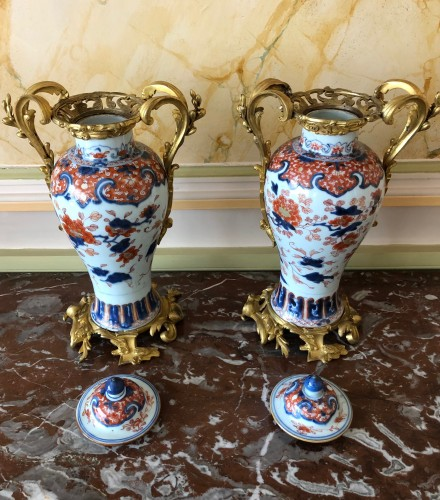 A pair of Imari covered vases -
