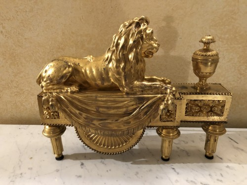 Decorative Objects  - Pair of andirons with lions, Louis XVI period