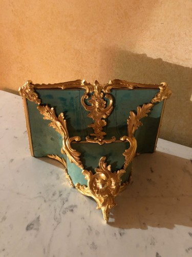 Louis XV period green cartel with chimeras - Louis XV