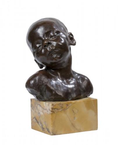 DALOU Jules (1838-1902) - Buste de bébé endormi