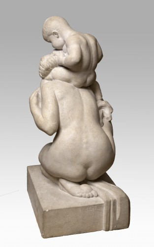 Sculpture  - LE PECQ Henri (1899-1972) - Woman playing with her child on the back