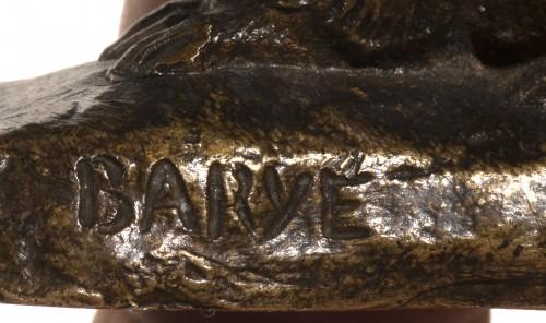 BARYE Antoine-Louis (1795-1875) - Rabbit lying ears with naturalist base -
