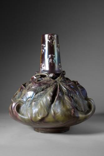 Ernest Bussière (1863 -1913) - Chestnut vase - Porcelain & Faience Style Art nouveau