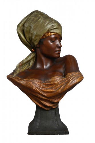 Goldscheider, terracotta of a bust of berber woman