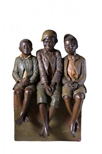 Goldscheider - Three children at the photographer