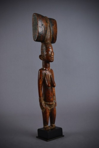 Tribal Art  - Standing Oshe Shango